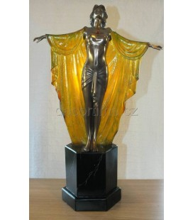 Figurální lampička s tanečnicí