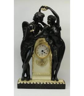 Figurální hodiny - zamilovaný pár