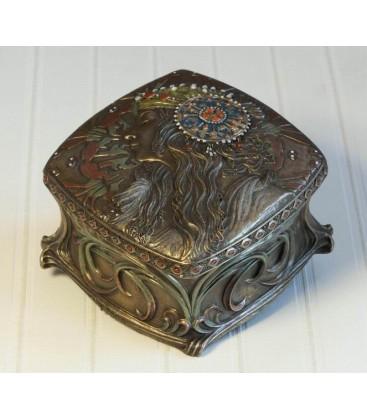 Secesní šperkovnice - krabička s hlavou dívky