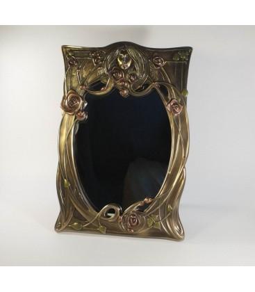 Secesní zrcadlo